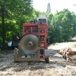 Large log bucking circular saw